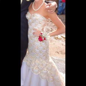 Sherri Hill Silver, Gold, and white Prom Dress